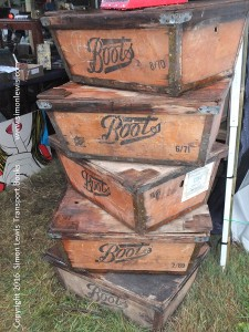 boots-boxes