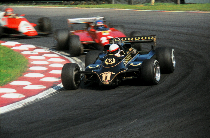 Lotus 91 Elio Deangelis Photo British Gp 1982
